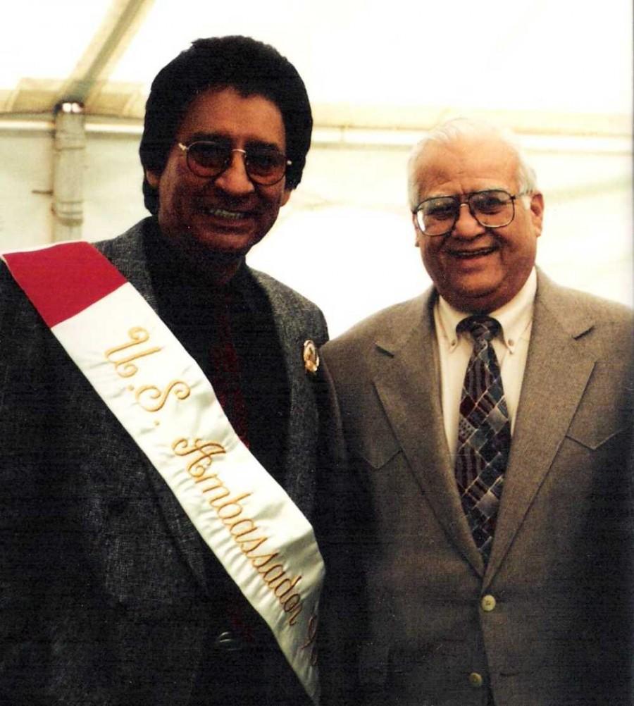 Carlos, Kika De La Garza, U.S. Congressman