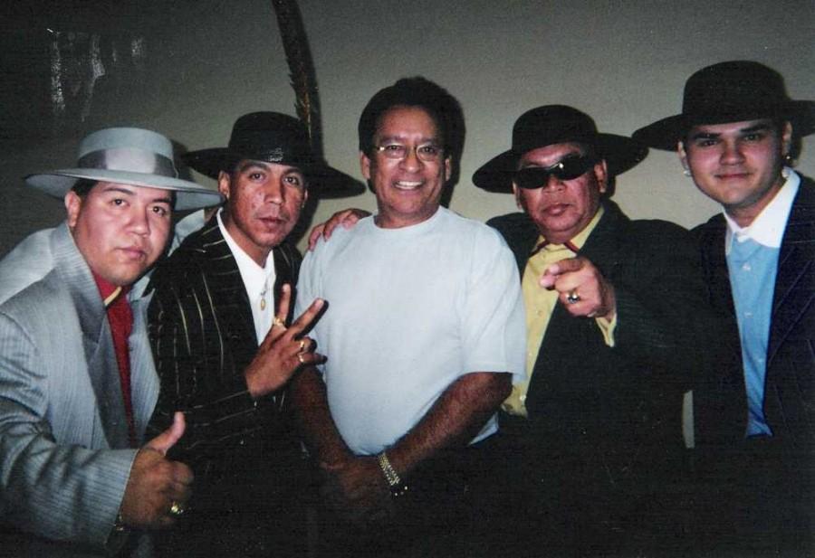 Carlos, Los Garcia Brothers