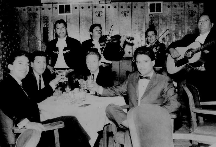 Paulino Bernal, Armando Hinojosa, Jimmy Nichols, Carlos